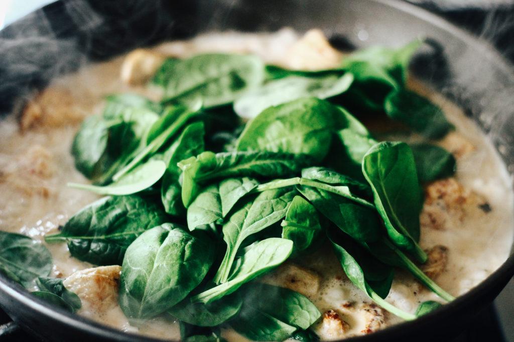 Rezept für ein Zitronengras-Hühnchen-Curry - Kräuter
