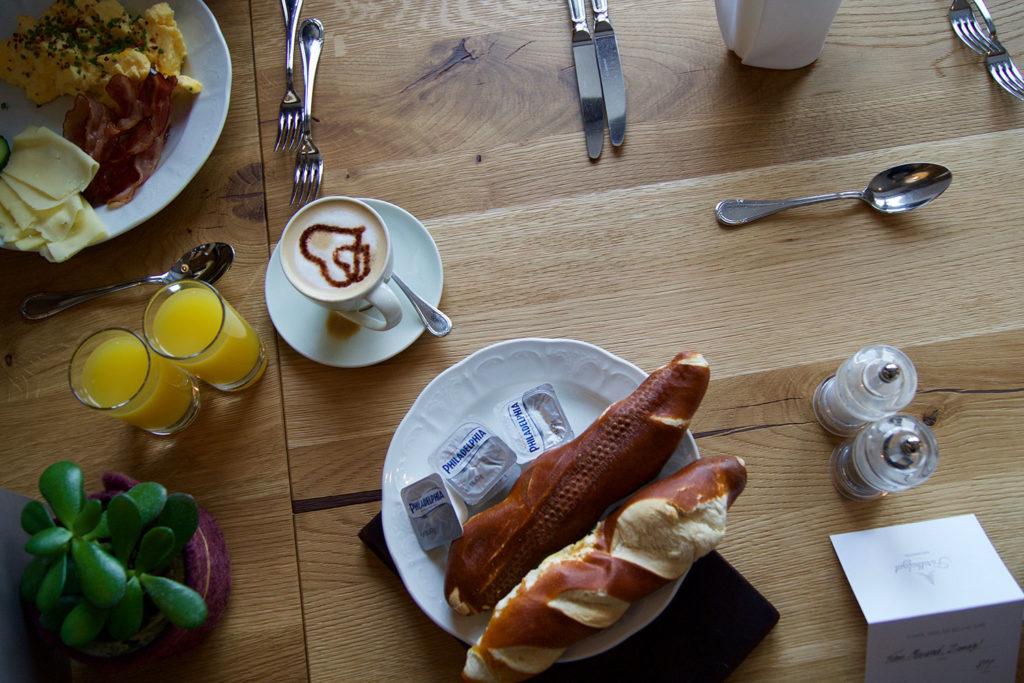 Frühstück im Forsthofgut