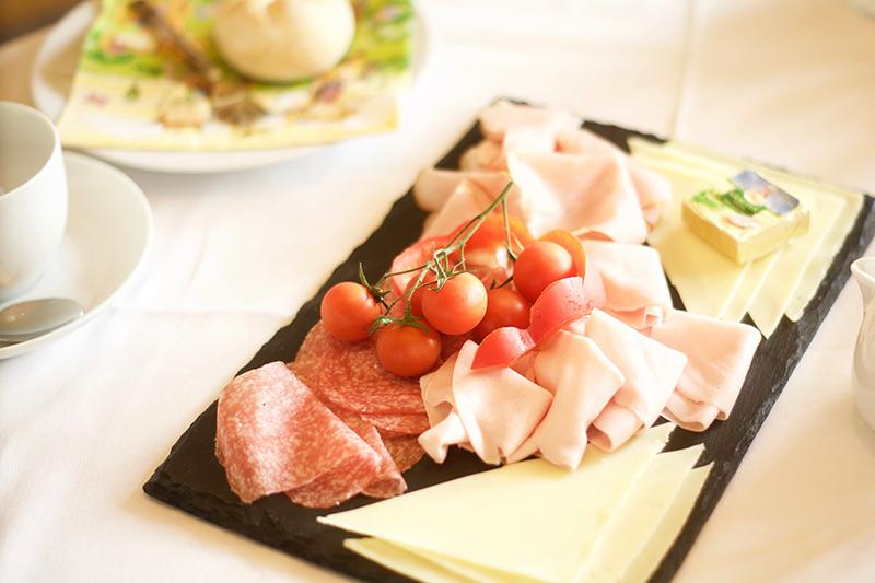 Frühstück im Rivus - Leogang - Salon Mama