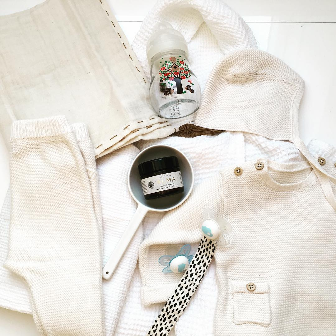 White is the new black? At least for babys weitere essentials für Mr. V #babyno2 #waitingformrv #babyboy #newbornessentials #mamablogger #mamablog #weiss #liebeweissfürbabys #mam #mambabyartikel
